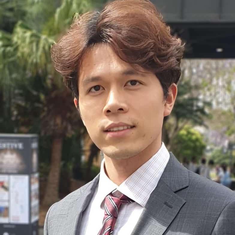 Author - Mark Li